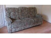 La-Z-Boy 3 seater sofa and two manual recliner armchairs for sale at Hatton Park nr Warwick