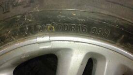 toyota rav4 with tyre 215/70/16 ,4