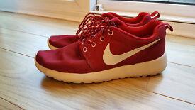 Burgundy Nike Roshe Runs trainers