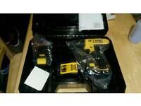 De Walt combi drill brad new N box