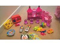 Baby/Toddler bundle inc 3 books, happyland castle, shape sorter