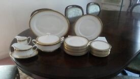 """""""PARAGON Athena"""" bone china complete dinner service for 12 people"""