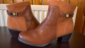 Size 6.5 Brown ankle leather boots - never been worn