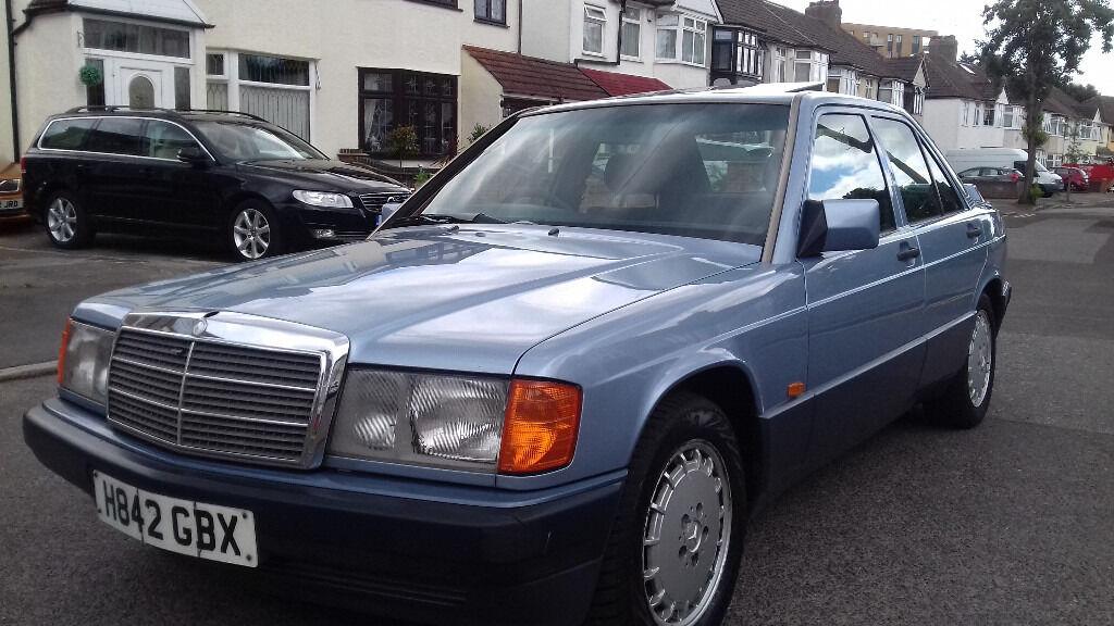 Mercedes 190e automatic 2 0 petrol 1991 model blue classic for Mercedes benz 190e 1991