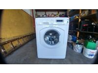 Hotpoint Washing Machine 8 KG drum HV8D393P3 years old excellent condition.