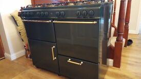 Stove dark green range cooker