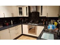 SHMP PROPERTY & LETTING SERVICES OFFERED A DOUBLE ROOM NEAR REDBRIDGE STATION IG1.
