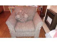 Free brown/beige armchair