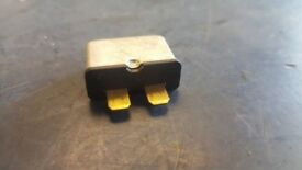 2005 VW Audi 30 Amp Thermal Fuse for Electric Windows 443937105A 30A 12V HERTS £5