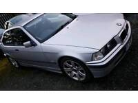 Bmw e36. 318i .70k two keys. Remote locking fobs. All electric pack.