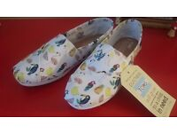 TOMS classic nice summer shoes uk3
