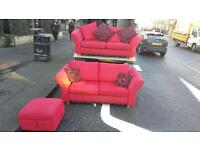 Beautiful 3&2 seater sofa in red and black fabric £199! Excellent condition
