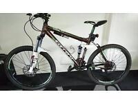 Carrera banshee x mountain bike