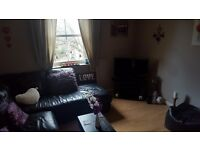 1 bed flat in quiet location with private parking