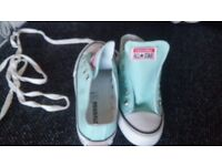 Girls Converse All star Trainners