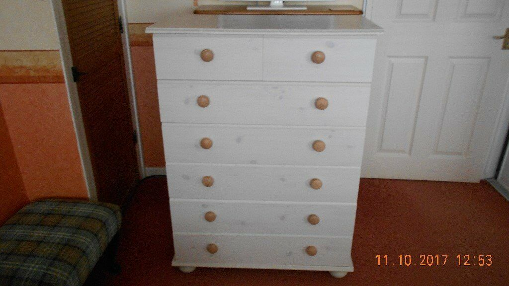 7 Drawer Chest & Bedside Cabinet
