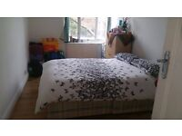 LOVELY DOUBLE ROOM FOR A SINGLE OCCUPIER IN BRIXTON.