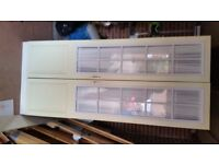 Wardrobe White excellent condition H 2.10mtr W 0.90 mtr D 0.60 mtr. One shelf