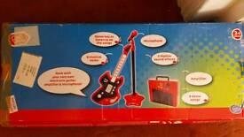 Electronic guitar mic n amp