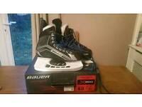 Bauer Vapour X200 Ice Skates....Size 6