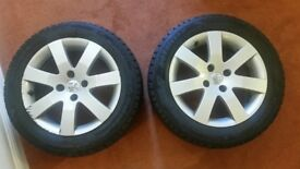 2 alloy wheels and winter tyres 205/60 R16, Peugeot 308