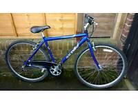 Raleigh Pioneer hybrid bike
