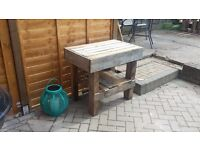 Outdoor wooden pallet table