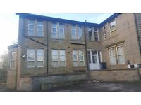 2 bedroom flat - available now - £435 per month - Boothtown