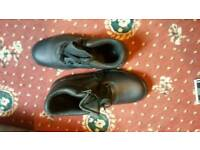 Steel cap safety boots size 10