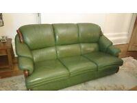 Italian leather sofa suite (Chateau D'ax)
