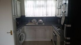 single room in South Ockendon for working person