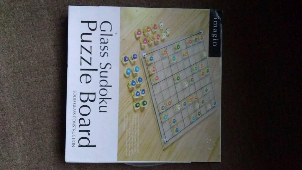 Glass sudoku puzzle board game