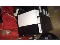 Ps4 for sale fully working with control and gra