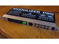 Behringer 24 bit dual engine DSP 1000P Virtualizer Pro & Modulizer Pro Multi-Effects Rack £100