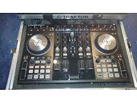 Traktor Kontrol S4 - DJ Turntable and Mixing Desk with Flightcase