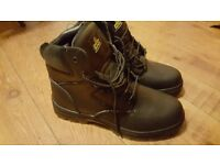 Men`s black size 10 safety/hiking boots. Brand new.