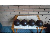 Set of 4 Lawn Green Bowls by Thomas Taylor. Brown. Size 2 DRAKELITE Bryant's. With large bag