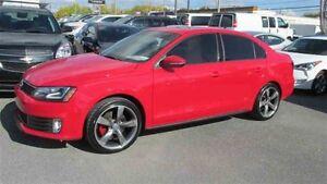 2015 Volkswagen JETTA GLI 95$/SEM tx  GPS TOIT PNEUS ET MAGS NEU