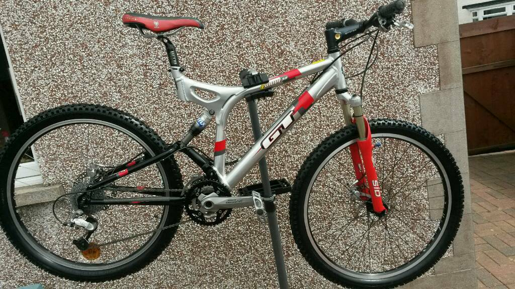 gt i drive 3 0 down hill full suspension mountain bike in aberdare