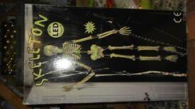 LED skeleton - ideal halloween prop