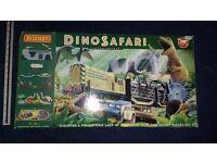 HORNBY - Train Set - dinosaur safari from early 1990