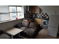 2 Bedrooms Flat available now Alfreton Road