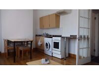 *** NOW LET ***Prime Location 2 Bed FF Flat Less Than 5 Mins Walk to Upton Park Tube