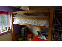 Pine bunkbed