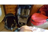 Quinny buzz 4 with carry cot and maxi cosi car seat +extras