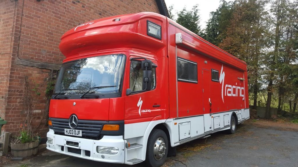 Mercedes atego racehome rs motorhome rear garage in for Motorhome garages