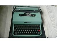 Typewriter -Olivetti