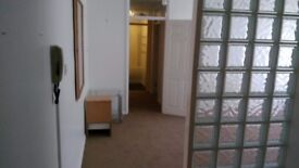 GF Purpose-built 1 bed flat to let, Branksome Wood Road, Bournemouth