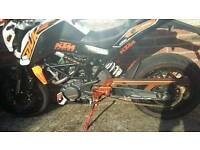 KTM DUKE 125CC 2014 swaps and cash my way or just cash on collection