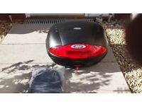 Givi Top box and plate
